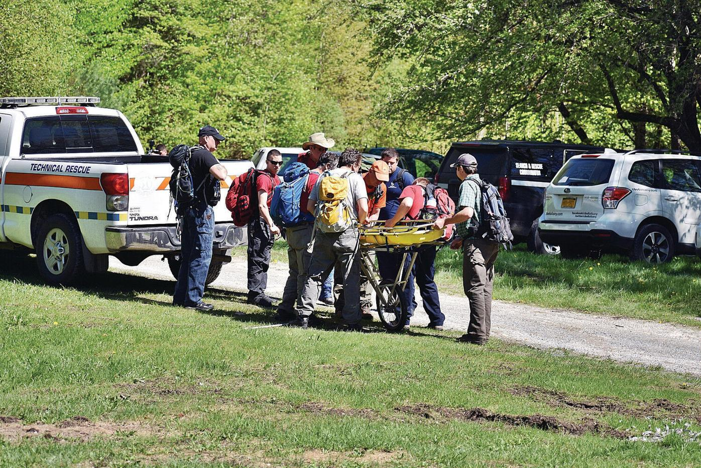 Pilot killed in plane crash identified as a Connecticut man