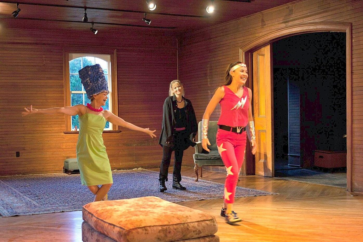 Living Room Theatre's 'Three Sisters' a powerful human tale