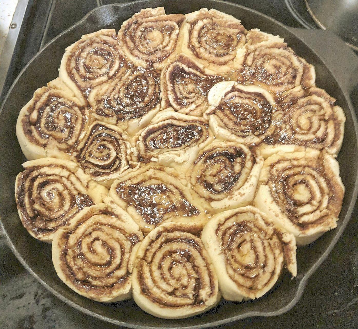 Don't fuss over breakfast Thanksgiving morning ... Prep these cinnamon rolls the night before