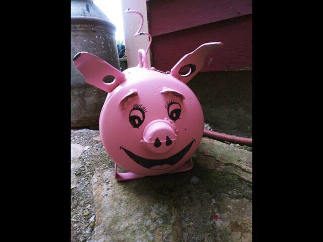 Pink pig cashbox 1