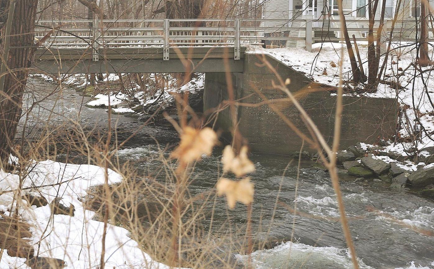 Homeless man found dead under Bennington bridge