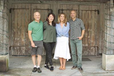 'Frasier' alums reunite in Dorset's 'Slow Food'