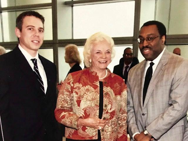 Justice O'Connor & Judge Smith photo.jpg