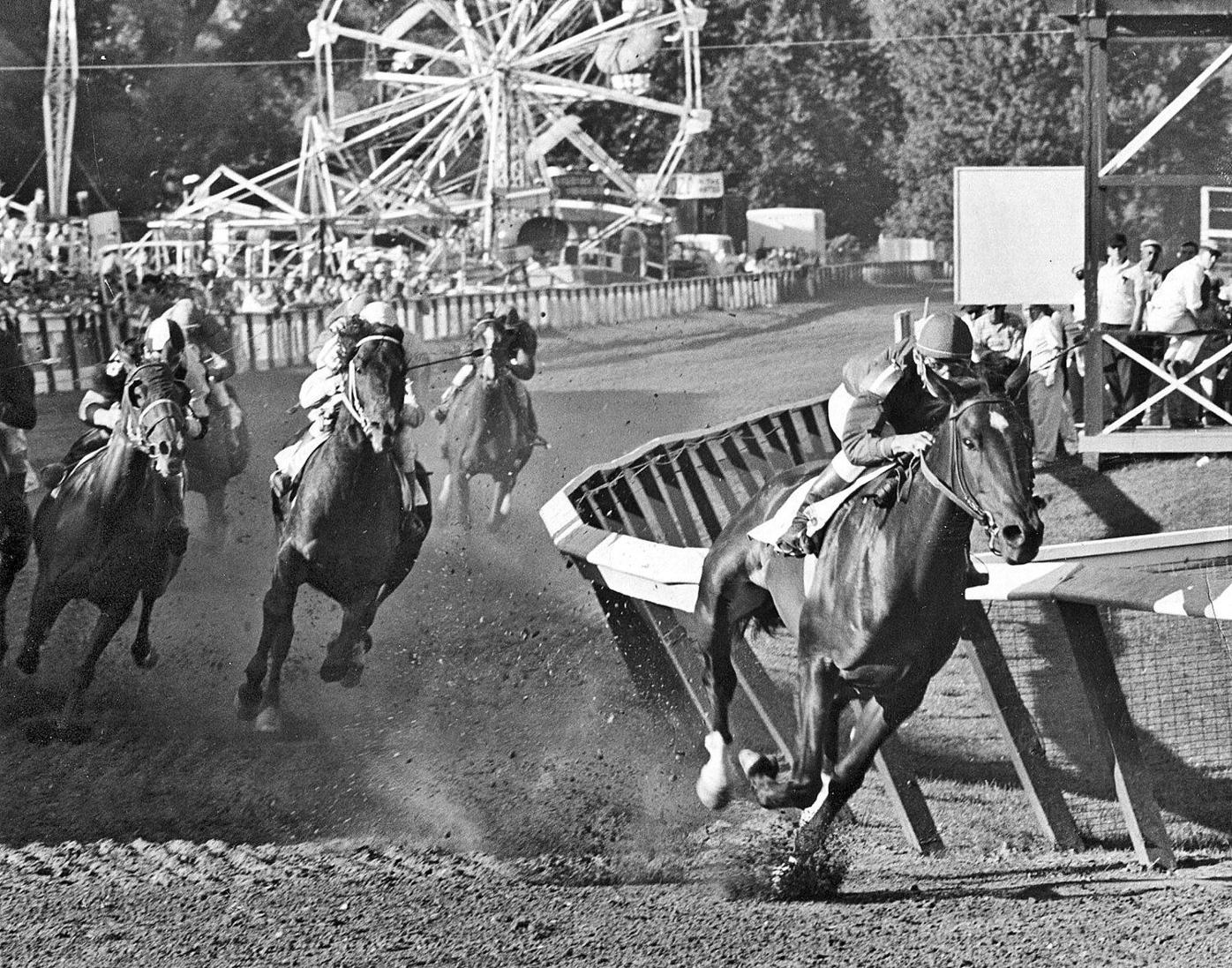 Great Barrington to vote on horse racing as Suffolk Downs pursues revival