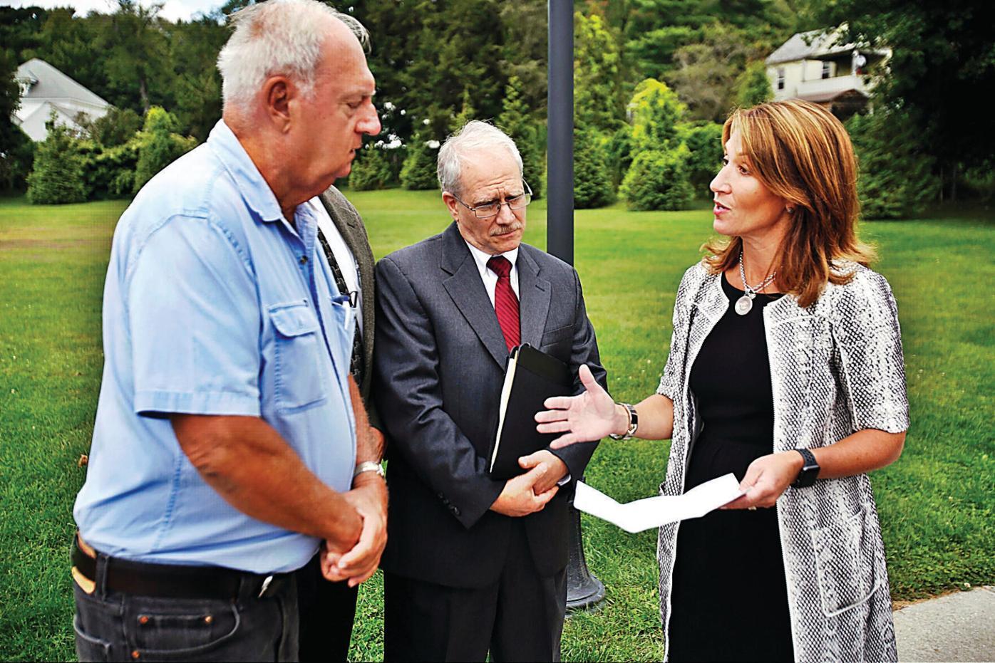 Polito delivers green energy grant to Dalton