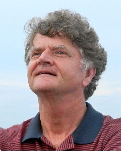 Author Robert McMaster