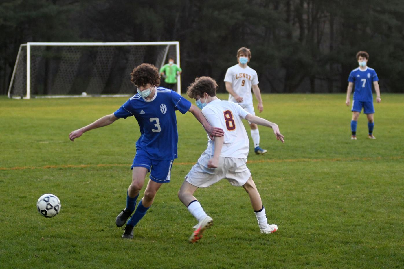 2021-04-28-LXWAHSOCCER-1