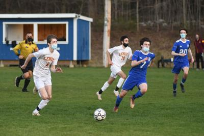 2021-04-28-LXWAHSOCCER-4