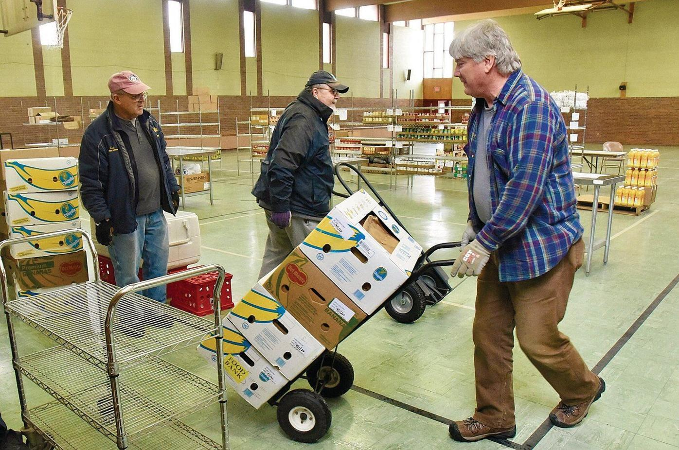 In new home, North Berkshire food pantry gives volunteers room for social distance