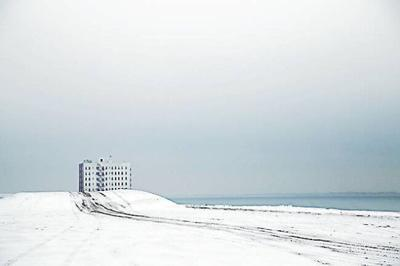 Outside Gallery: Yoko Naito's photographs capture Coney Island in winter