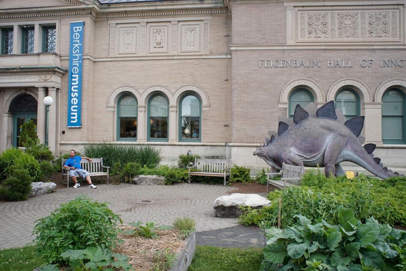 Save the Art: Protest of Berkshire Museum art auction on Saturday