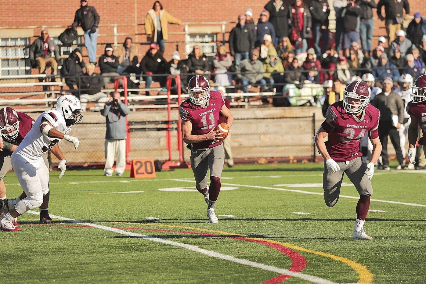 Springfield College football's Chad Shade named Jerry Nason Award winner