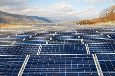 Massachusetts House lawmakers, mayors, town managers push to get solar bill moving
