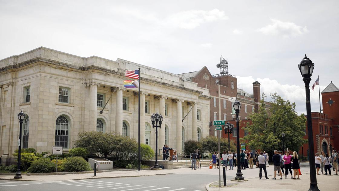 www.berkshireeagle.com: Pittsfield, city school district report hard time attracting candidates for open jobs