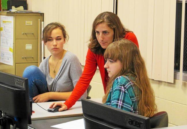 Mount Everett teacher Kari Giordano to be awarded Berkshire Taconic Kapteyn Prize for education