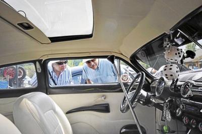 Lenox classic car show dodges raindrops to benefit veterans (copy)