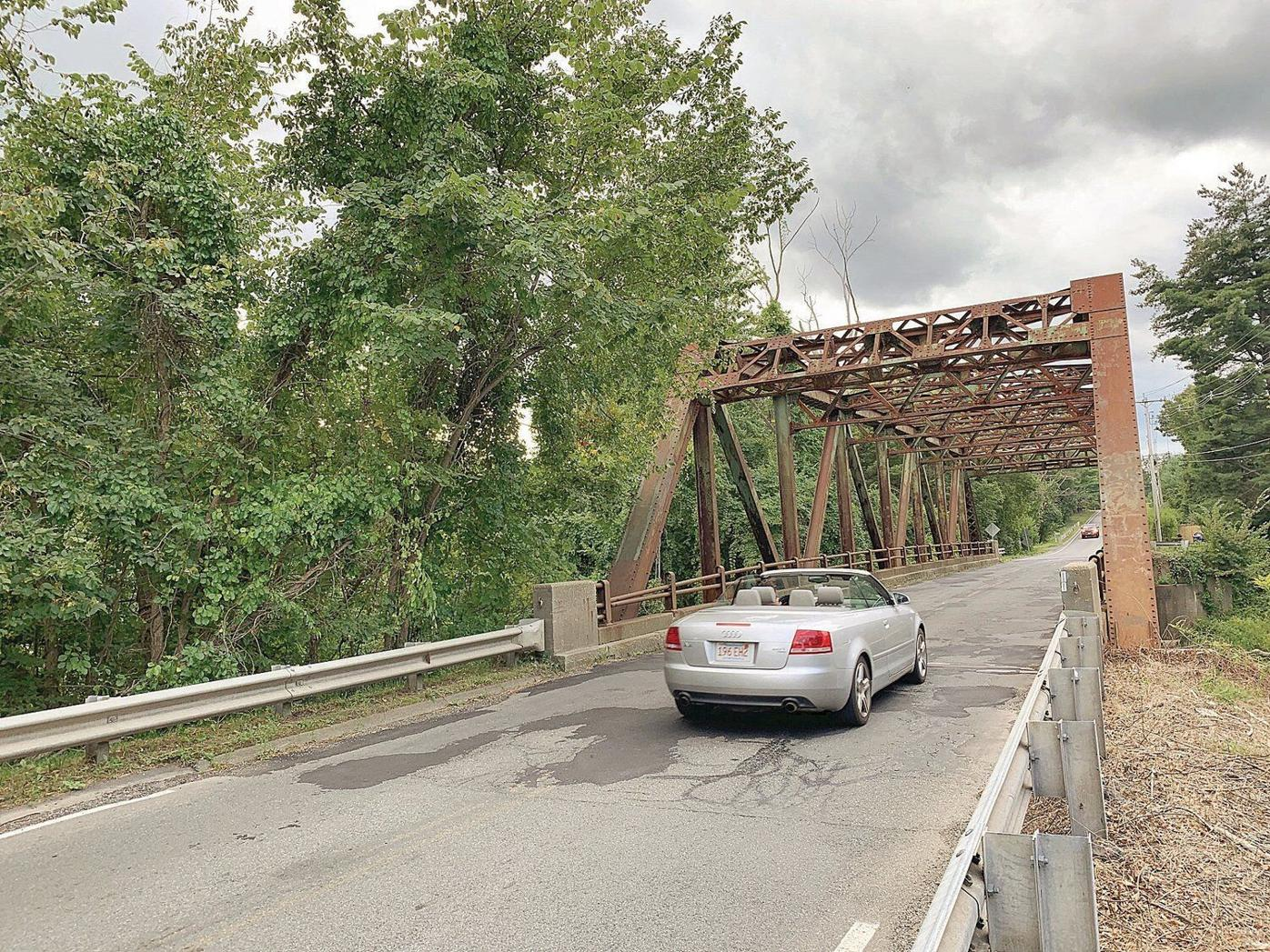Anxiety rises as state orders shutdown of Division Street bridge in Great Barrington