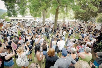 Baker urges mass gathering attendees to get free coronavirus tests