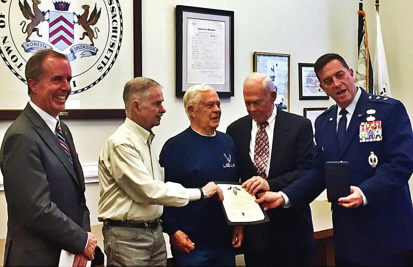 Families of 4 veterans receive state's Medal of Liberty
