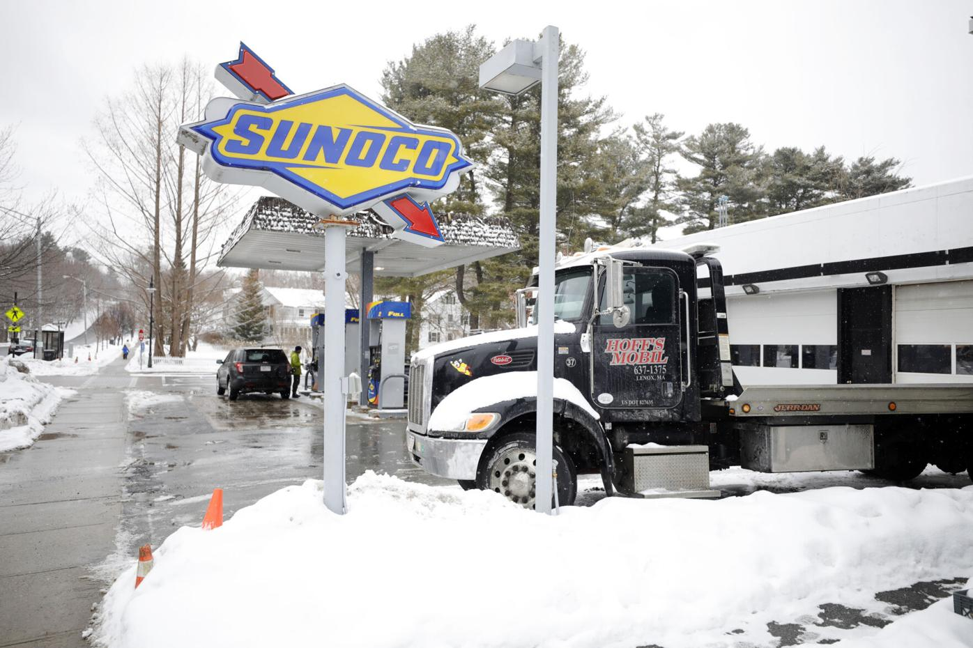 Hoff's gas station (copy)