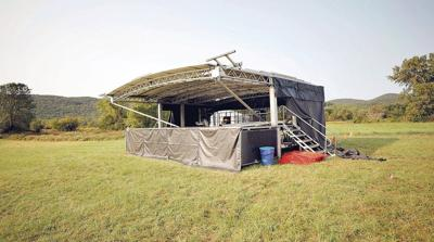 Lee rolling out welcome mat for drive-in-style weekend concert series