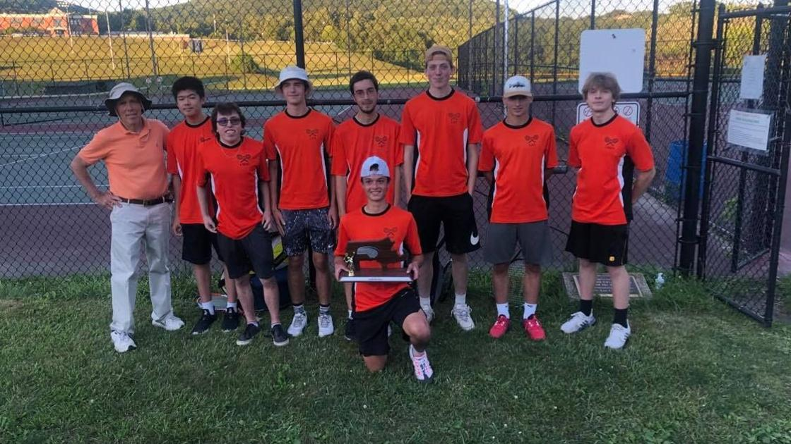 Lee boys repeat as Western Mass. D-III finalists, fall to Belchertown in championship