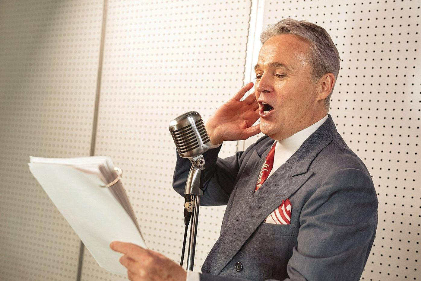 'It's a Wonderful Life' comes to the stage via radio at Capital Repertory Theater