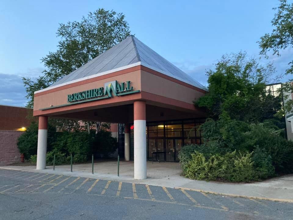 Berkshire Mall entrance Facebook