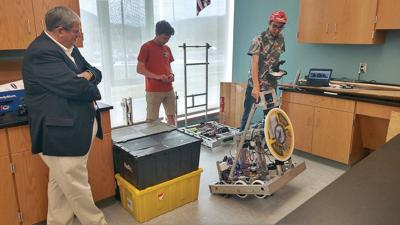 Mount Greylock's Mechanical Mounties write the manual for building a better robotics team