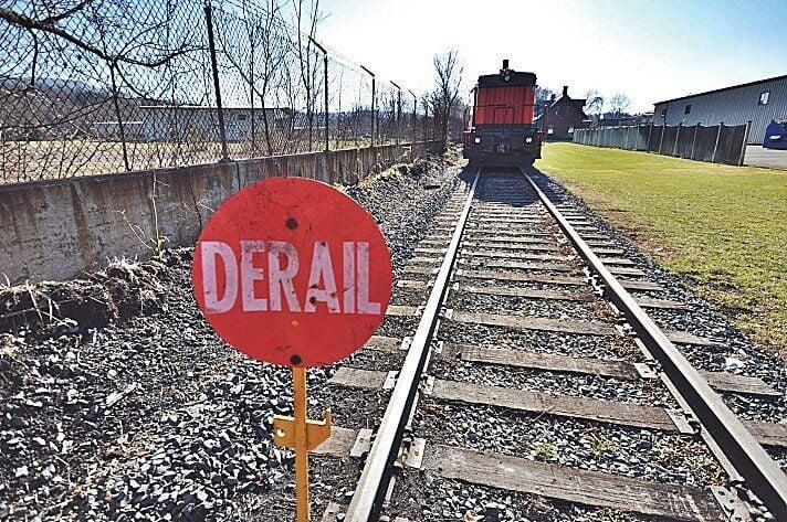 Some Western Massachusetts east-west rail backers knock study model