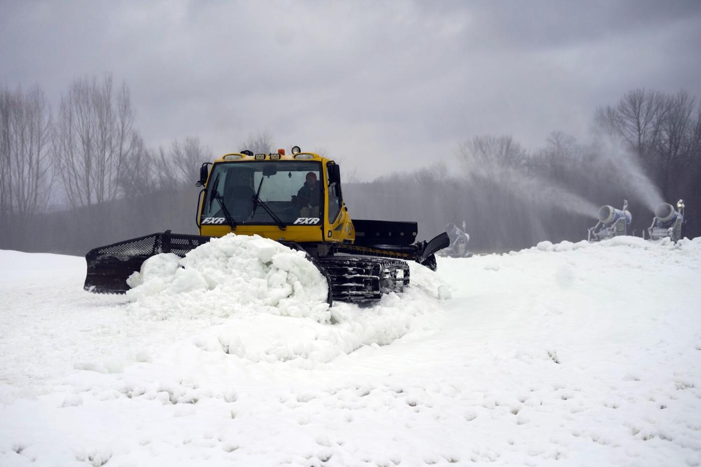 Snowmobile practice course