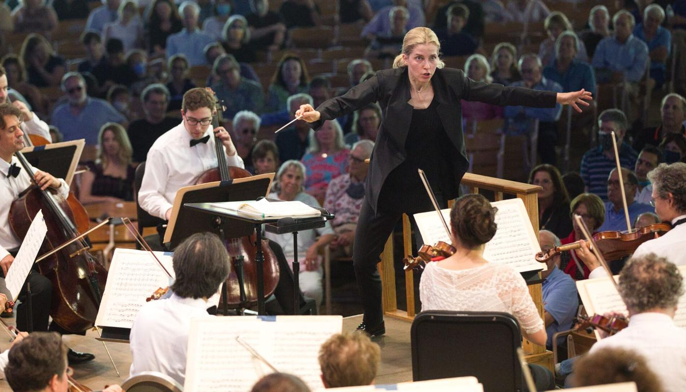 Karina Canellakis Leads the BSO (arms wide)