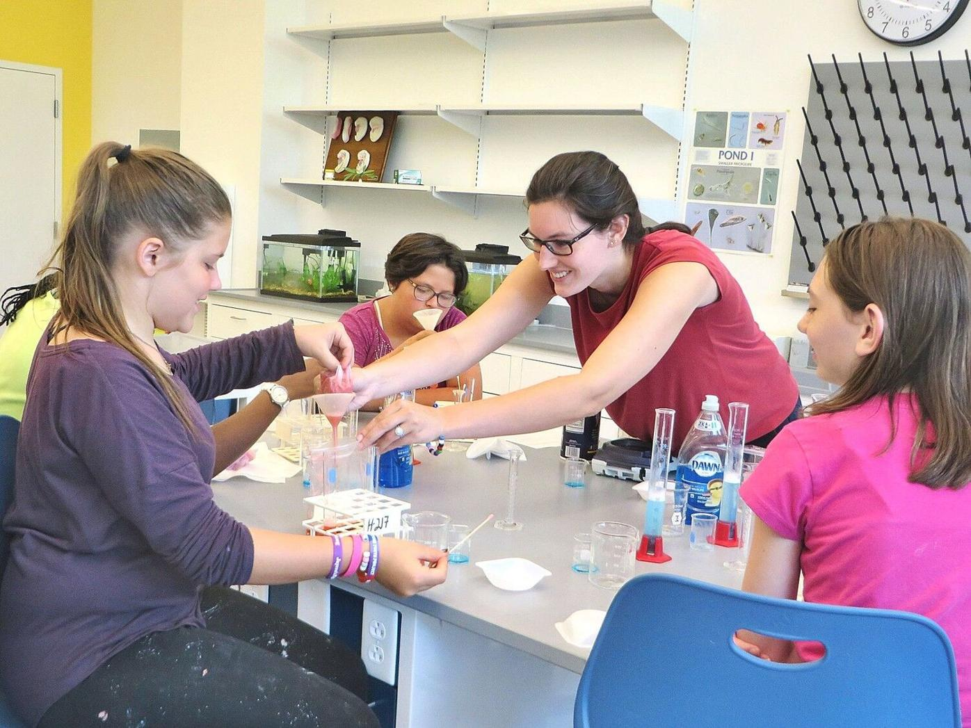 'Eureka!' offers new experiment for growing girls' passions for science