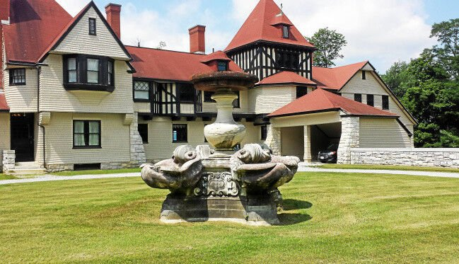 The Cottager | Glint of Gilded Age remains at Elm Court