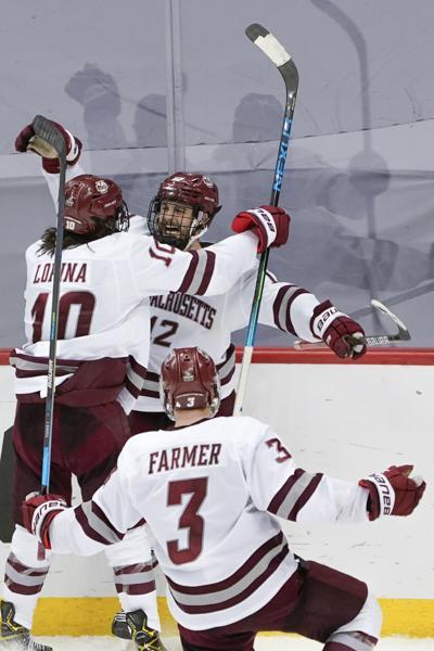 NCAA Minn Duluth UMass Hockey