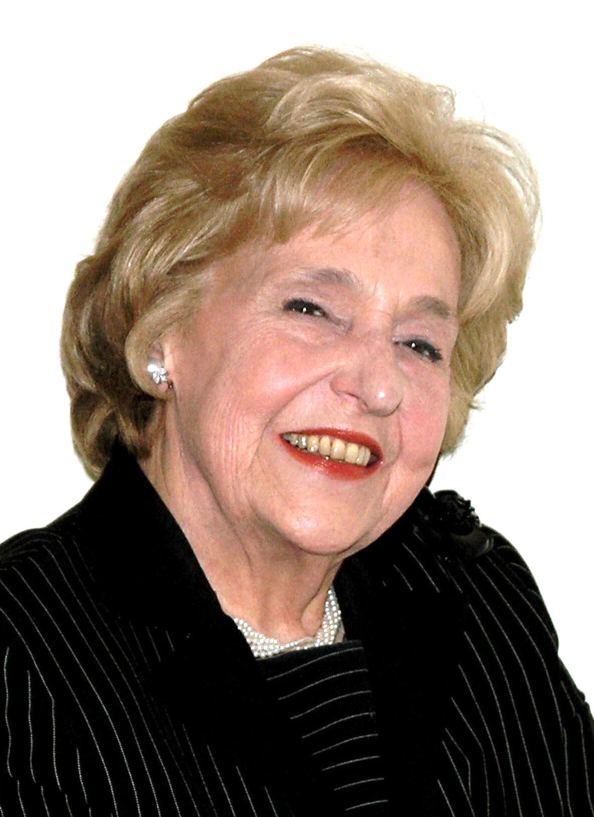 Lola Jaffe dies