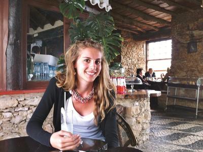 Samya Stumo's family files suit over air crash