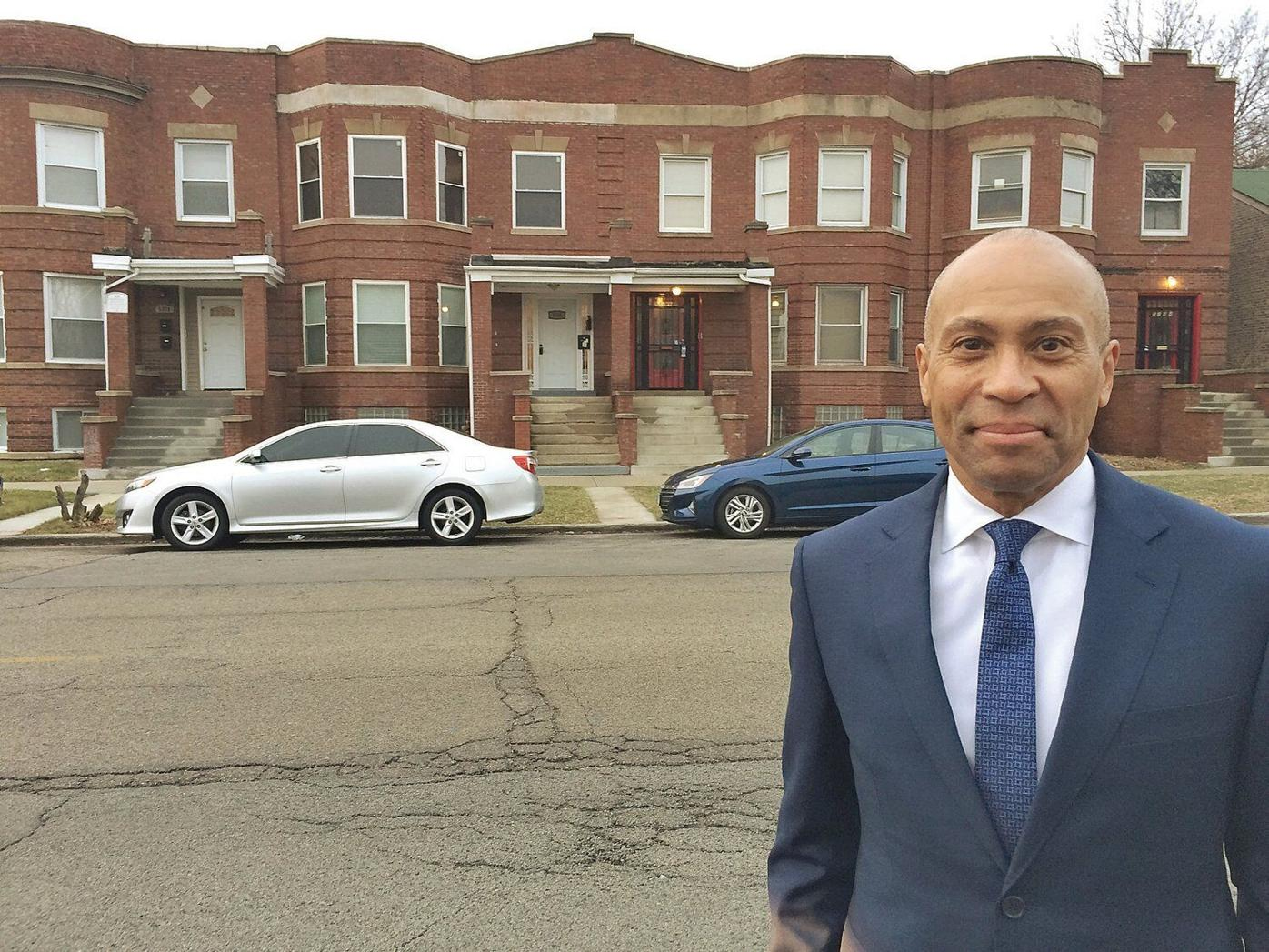 Patrick, back in former Chicago neighborhood, studies up on economic barriers