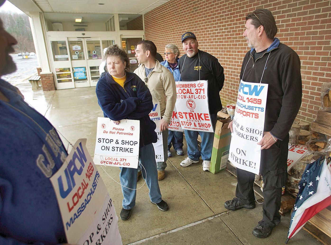 Talks resume as Stop & Shop strike enters 5th day