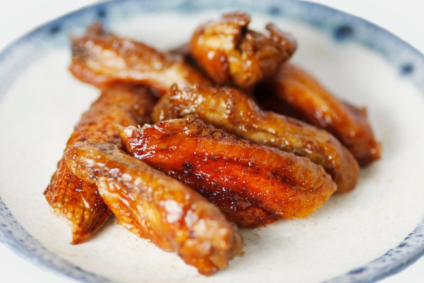 Go ahead, wing it on Super Bowl Sunday