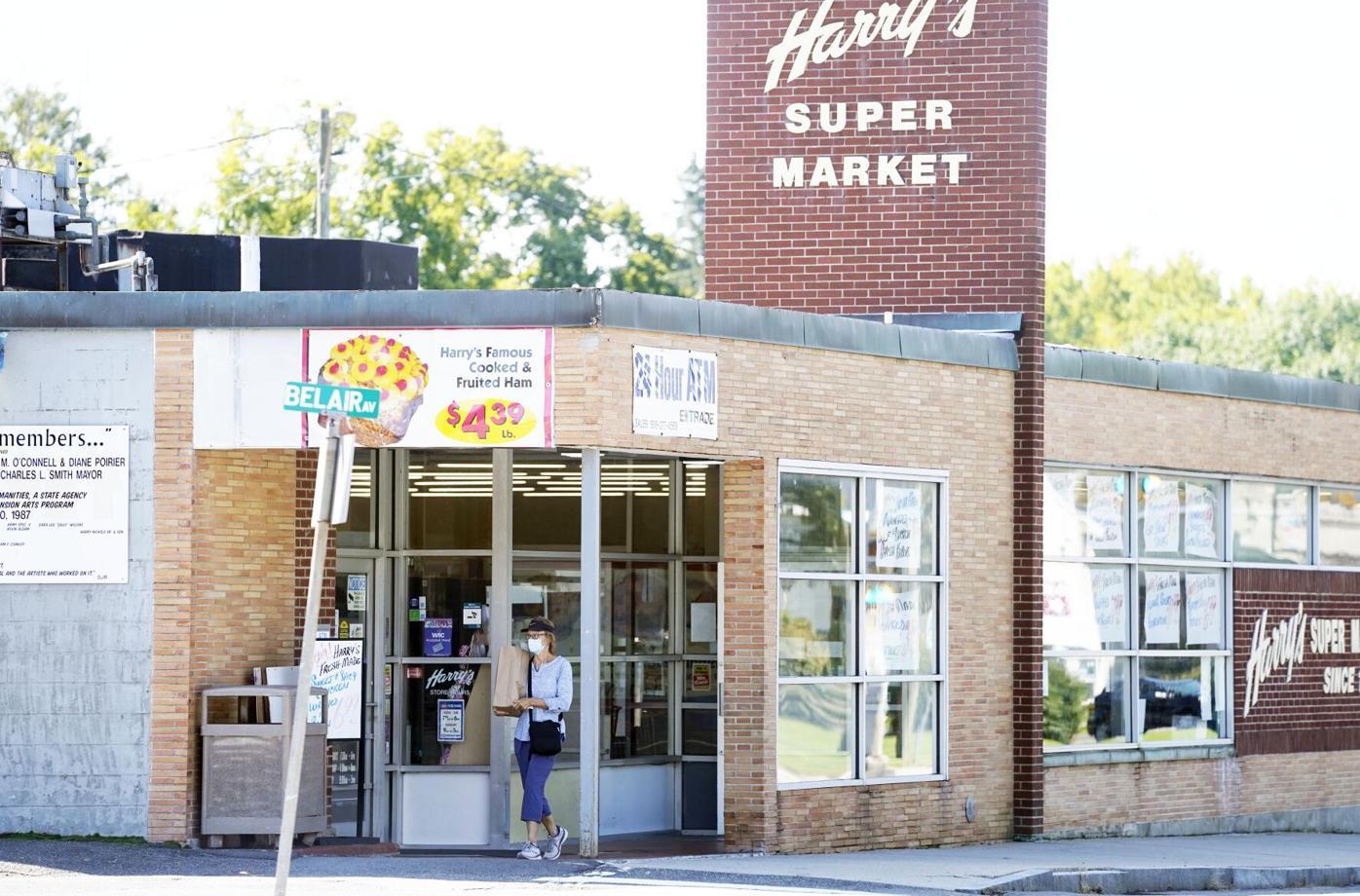 Harry's Supermarket exterior