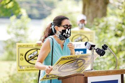 Foes of planned PCB dump solicit comments for final EPA hearing Tuesday