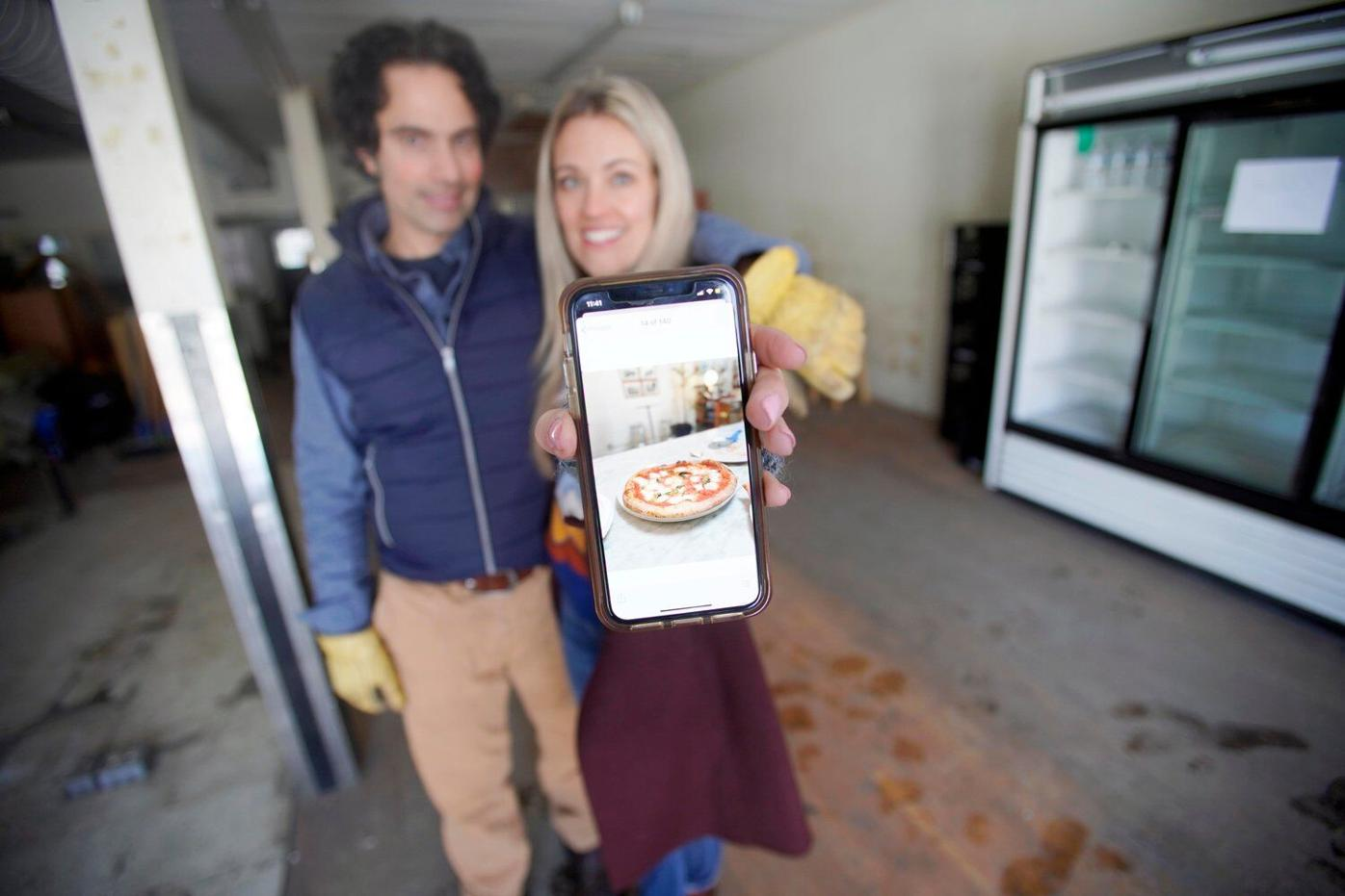 New Lenox pizza store owners: 'Everyone will win for this'