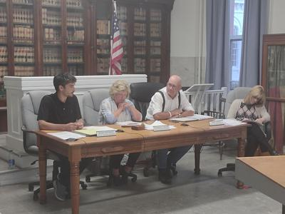 Lee Select Board meets Tuesday to discuss hiring a new town administrator