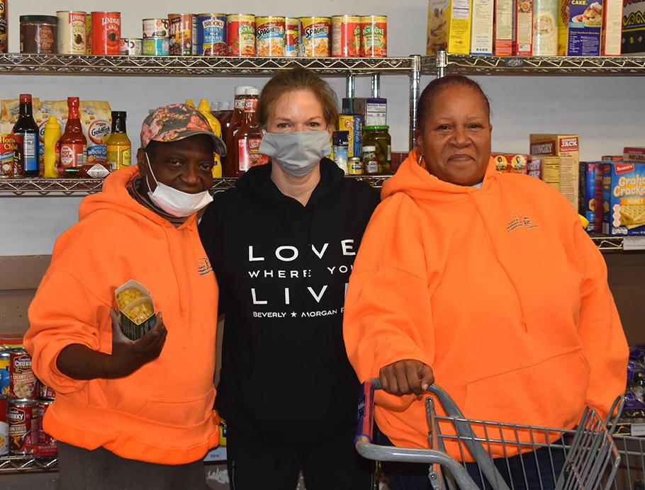 maple morgan park donations-Dr. Arlene Hambrick, Mary Jo Viero and Tricia Walker