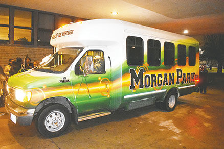 MPHS bus donation