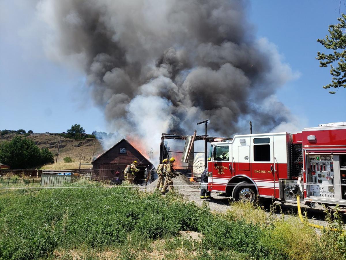 Clarkston fire 709 (1)