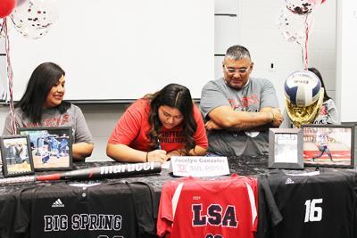 Jocelyn Gonzales Signing