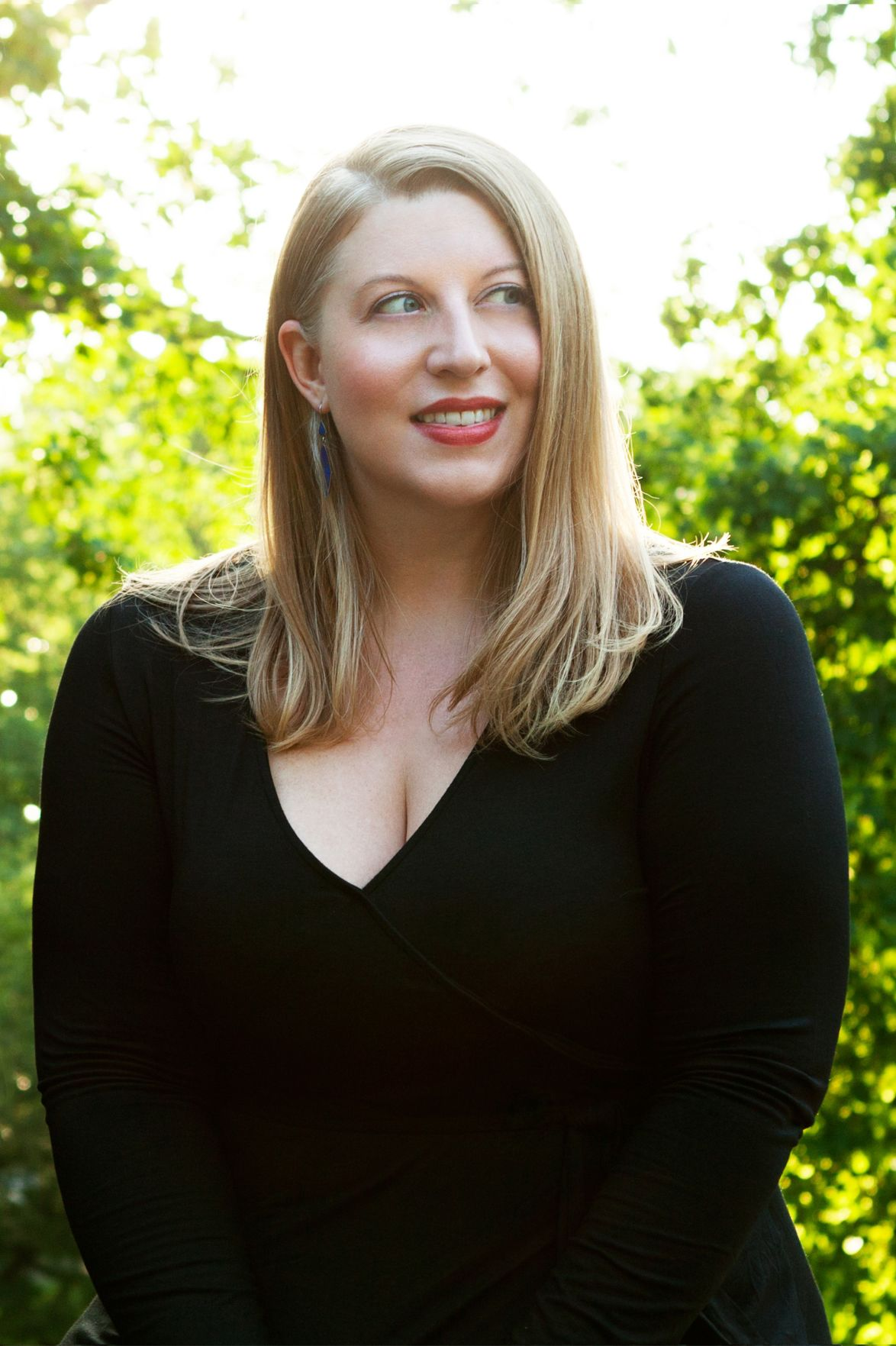 Soprano Laura Strickling