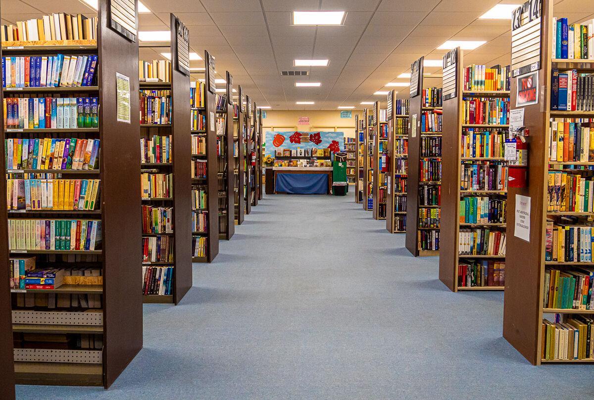 Bookstore 1.jpg
